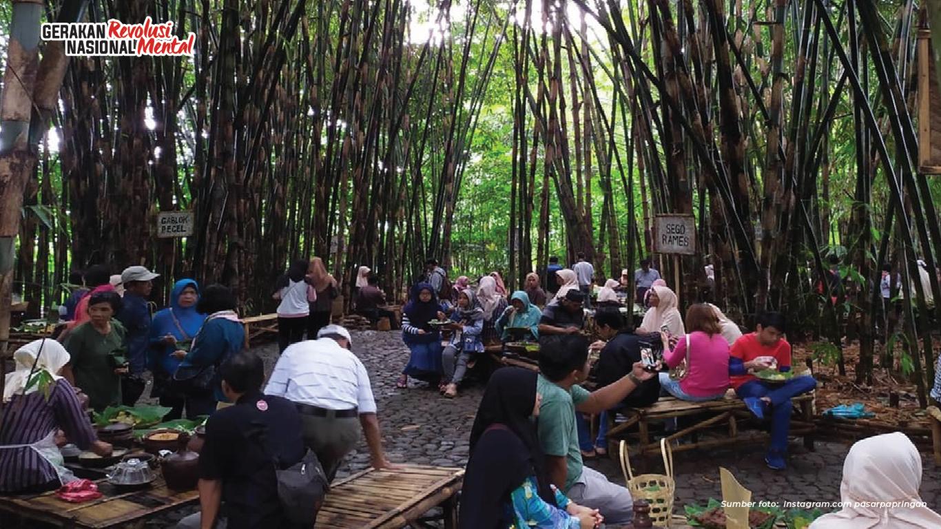 Pasar Papringan Ajak Rawat Kearifan Lokal Lewat Medium Bambu
