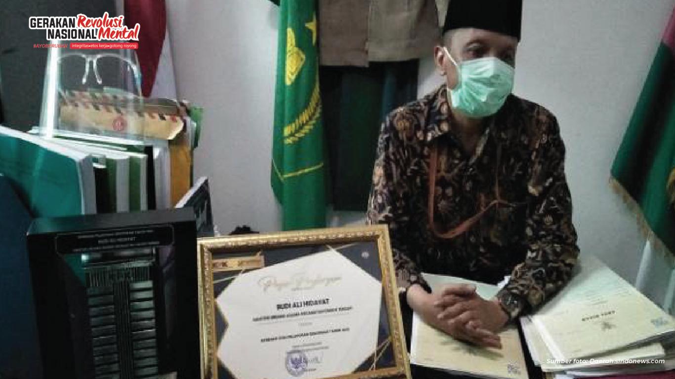 Budi Ali Hidayat, Penghulu KUA Cimahi berintegritas laporkan gratifikasi, dapat penghargaan dari KPK dan Kemenag
