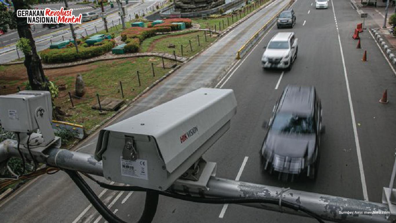 Kesadaran masyarakat menggunakan sabuk pengaman perlu ditingkatkan karena menjadi pelanggaran lalu lintas terbanyak kedua roda empat yang terekam ETLE