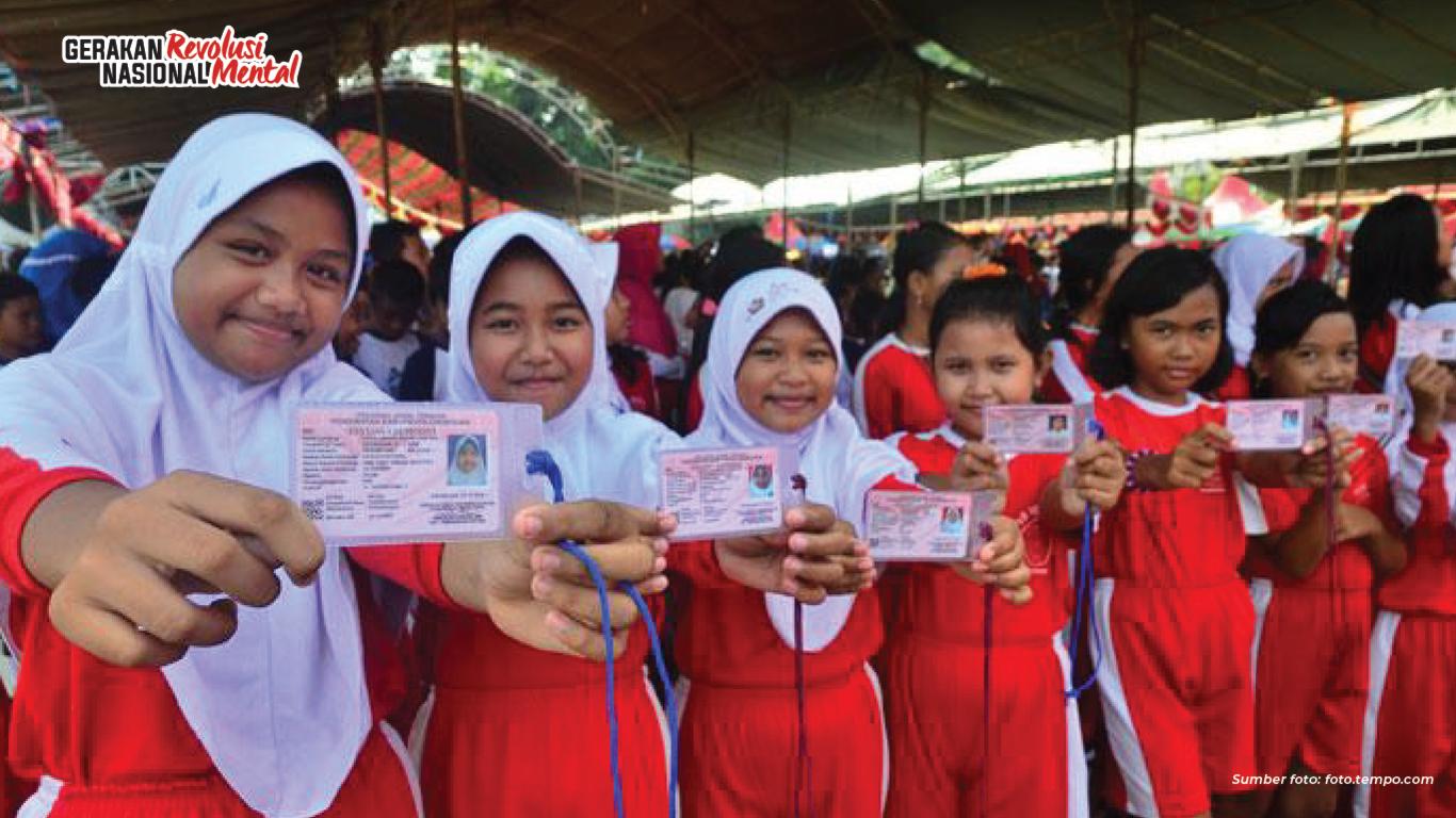 Tertib administrasi kependudukan lewat Kartu Indonesia Anak (KIA)