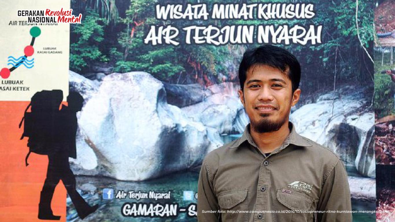 Ritno Kurniawan mengembangkan ekowisata Air Terjun Nyarai berbasis masyarakat yang merangkul pembalak liar