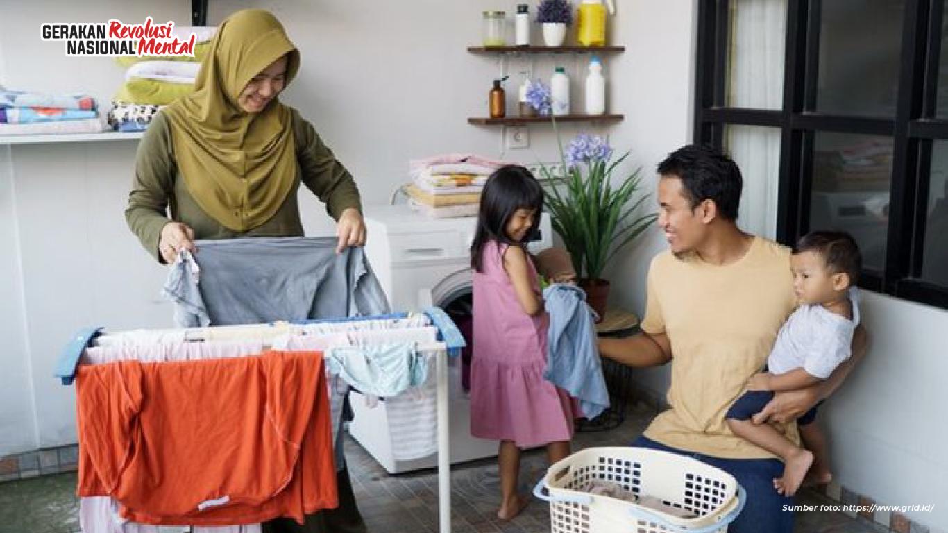 Pembagian pekerjaan domestik dalam keluarga wujudkan kesetaraan dan semangat gotong royong