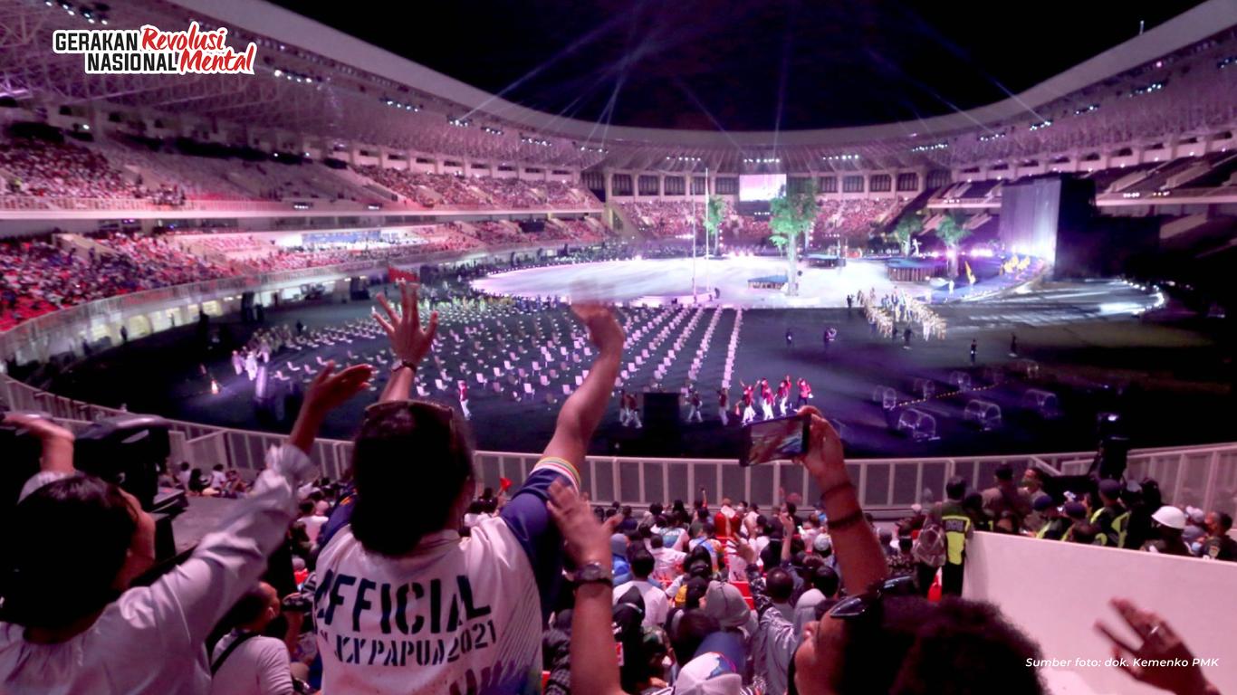 Acara kemeriahan pembukaan Pekan Olahraga Nasional XX (PON ke-20) di Stadion Lukas Enembe, Kabupaten Jayapura, Papua